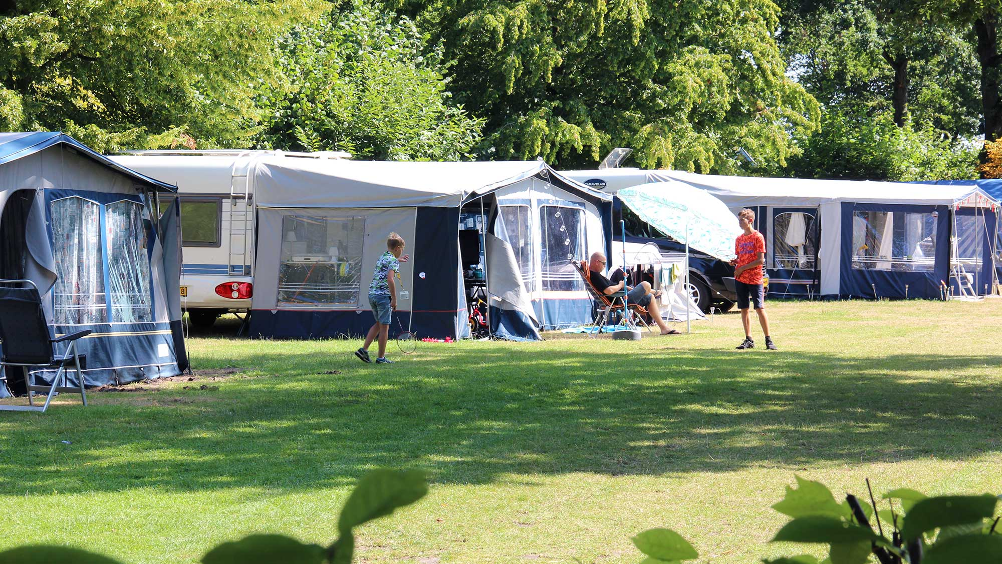 Kampeerarrangement kamperen Molecaten Park Bosbad Hoeven 01