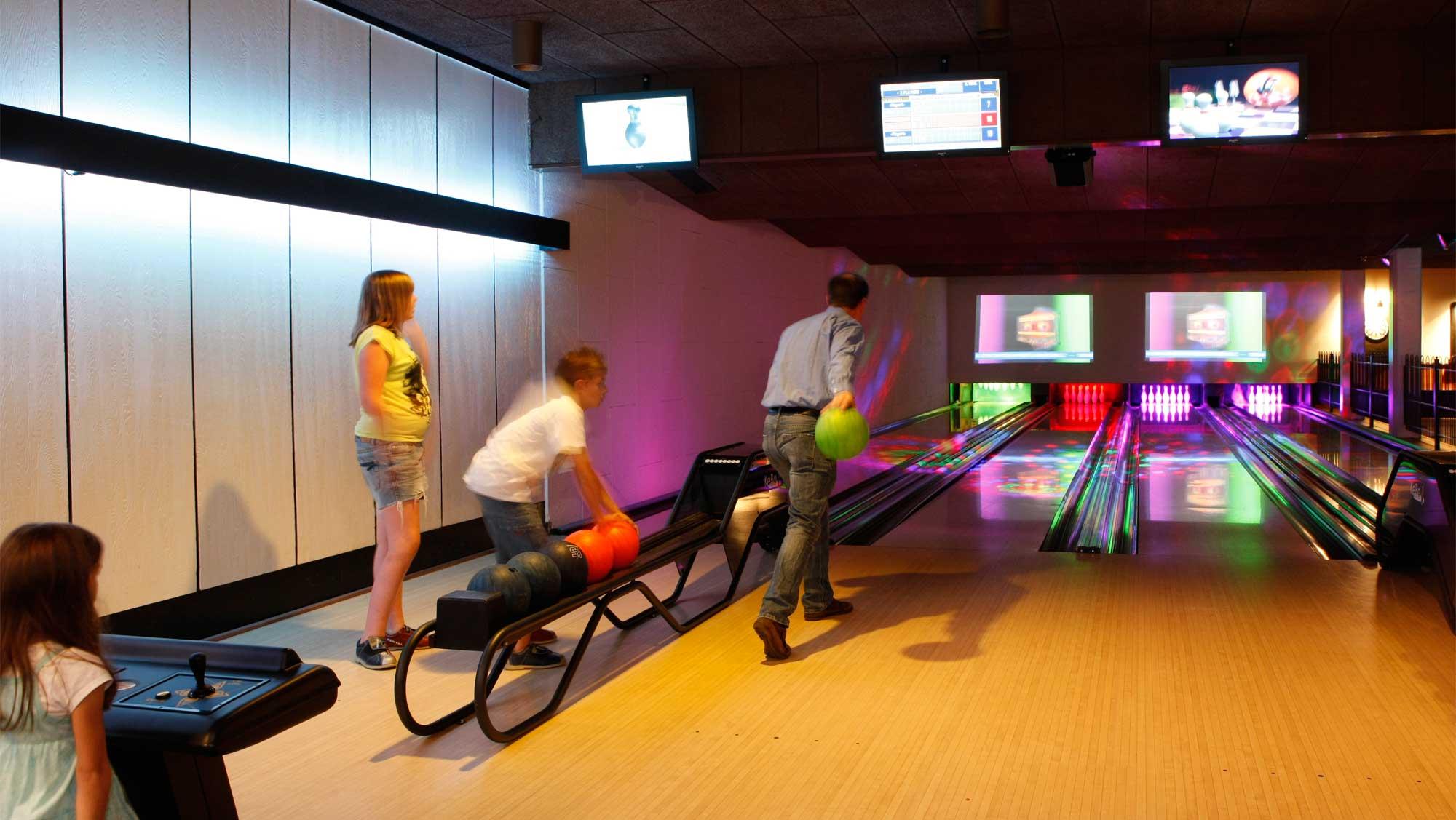 Bowlingbaan Bowlz Molecaten Park De Koerberg 01 bowlen