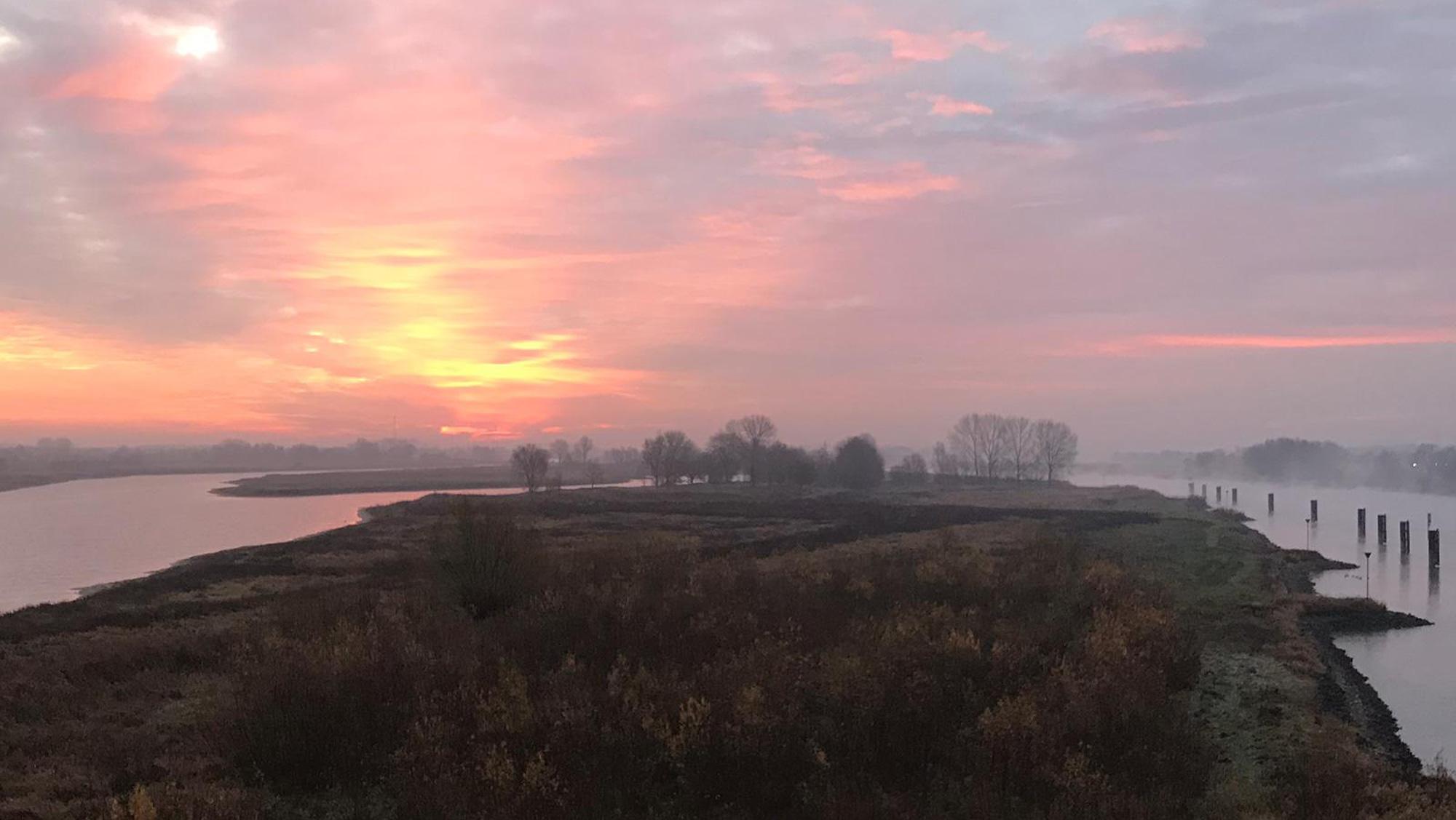 Omgeving Molecaten parken Hattem Heerde 29 zonsopkomst IJssel