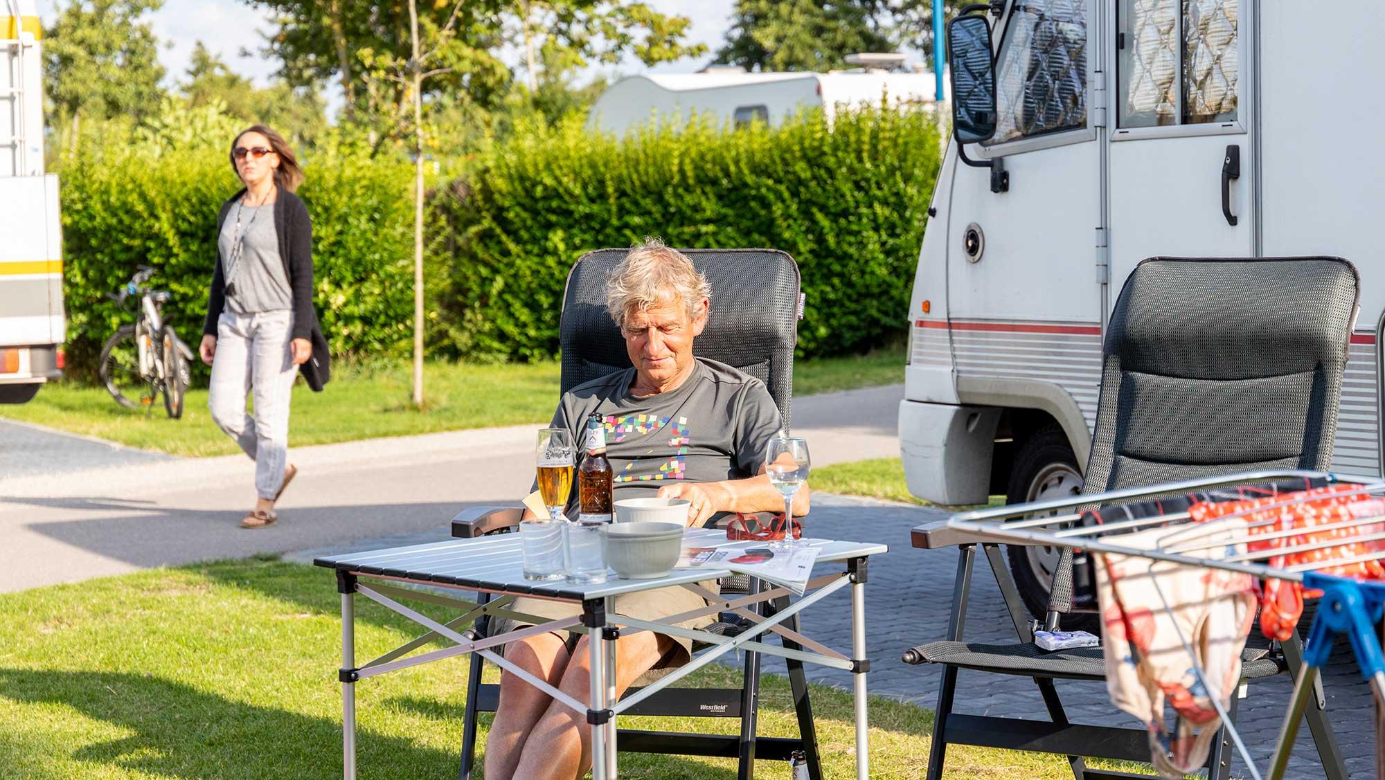 Campercomfortplaats vanaf 105 m2 Molecaten Park Hoogduin 01