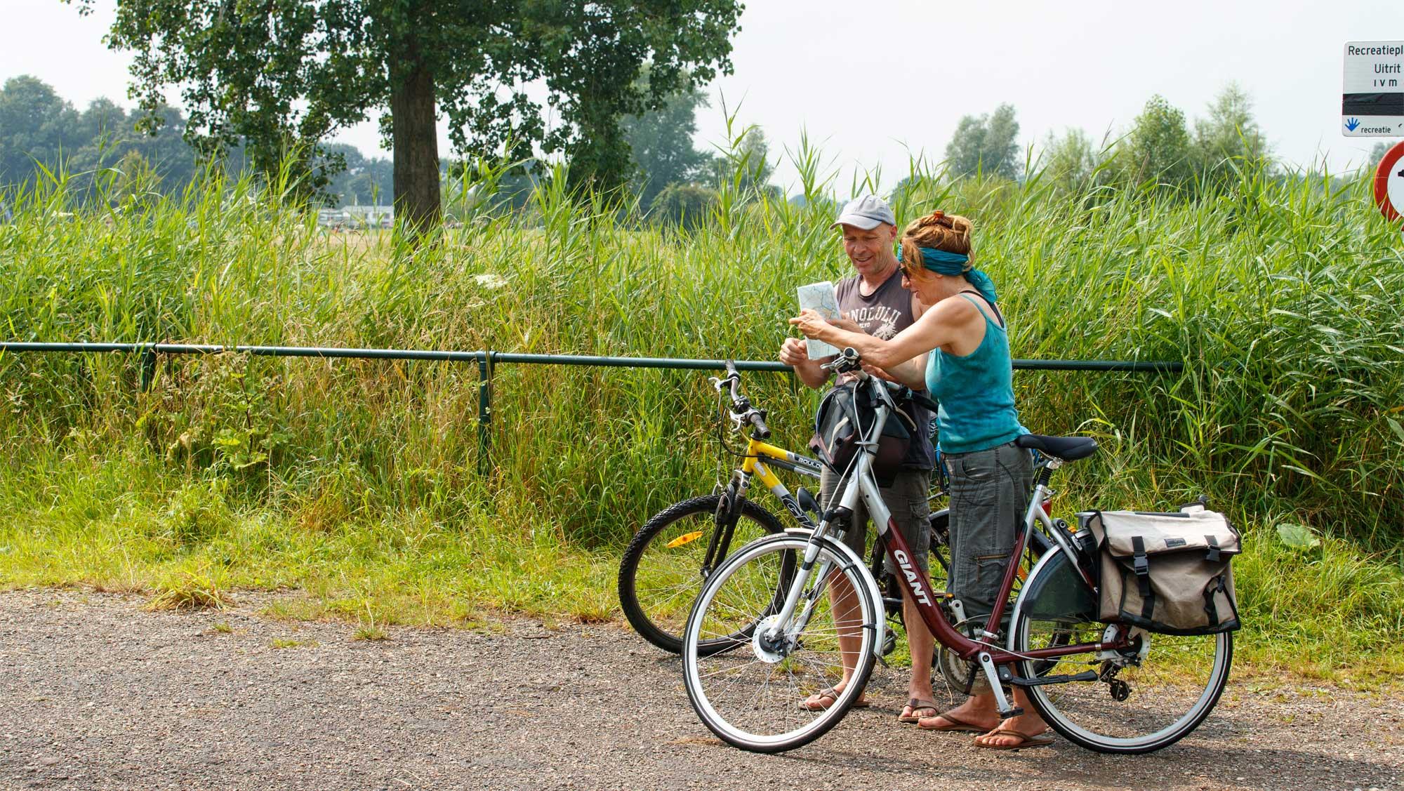 Omgeving Molecaten Park De Agnietenberg 03 fietsen