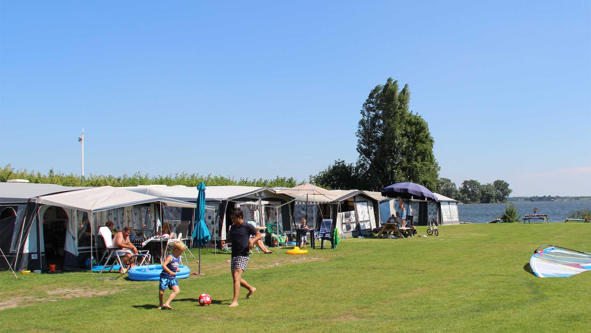 Strandcampingplaats Molecaten Park Flevostrand 01