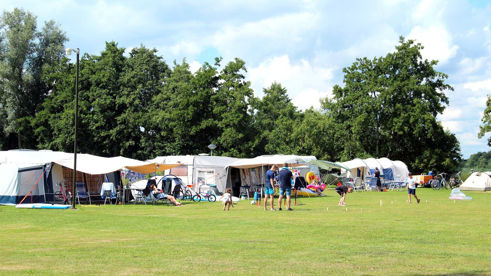 Kampeerarrangement kamperen Molecaten Park De Agnietenberg 01