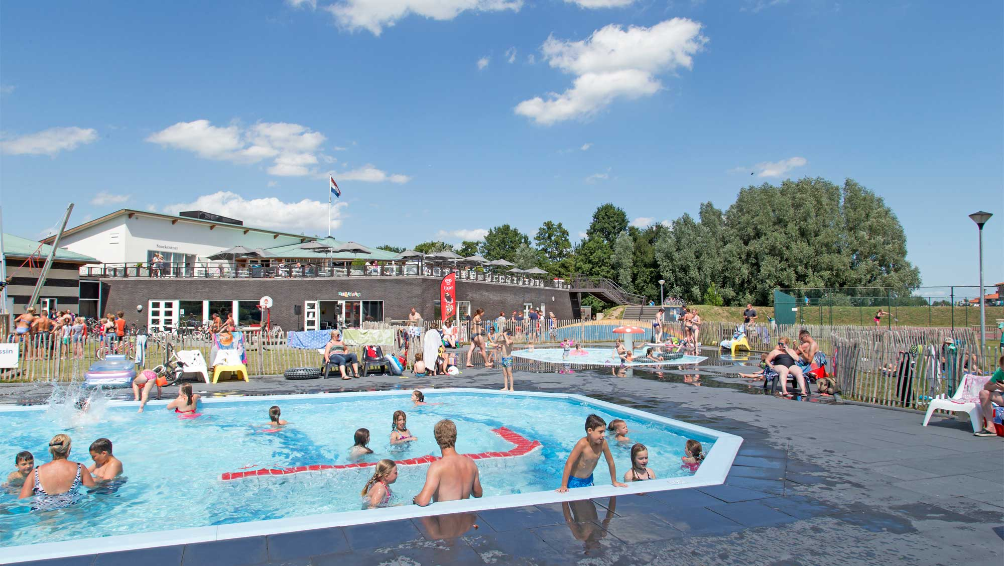 Molecaten Park Flevostrand 12 buitenzwembad