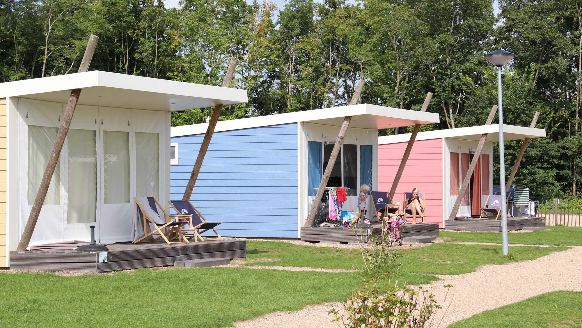 5pers kampeer cabin Vlinder Molecaten Park Rondeweibos 01